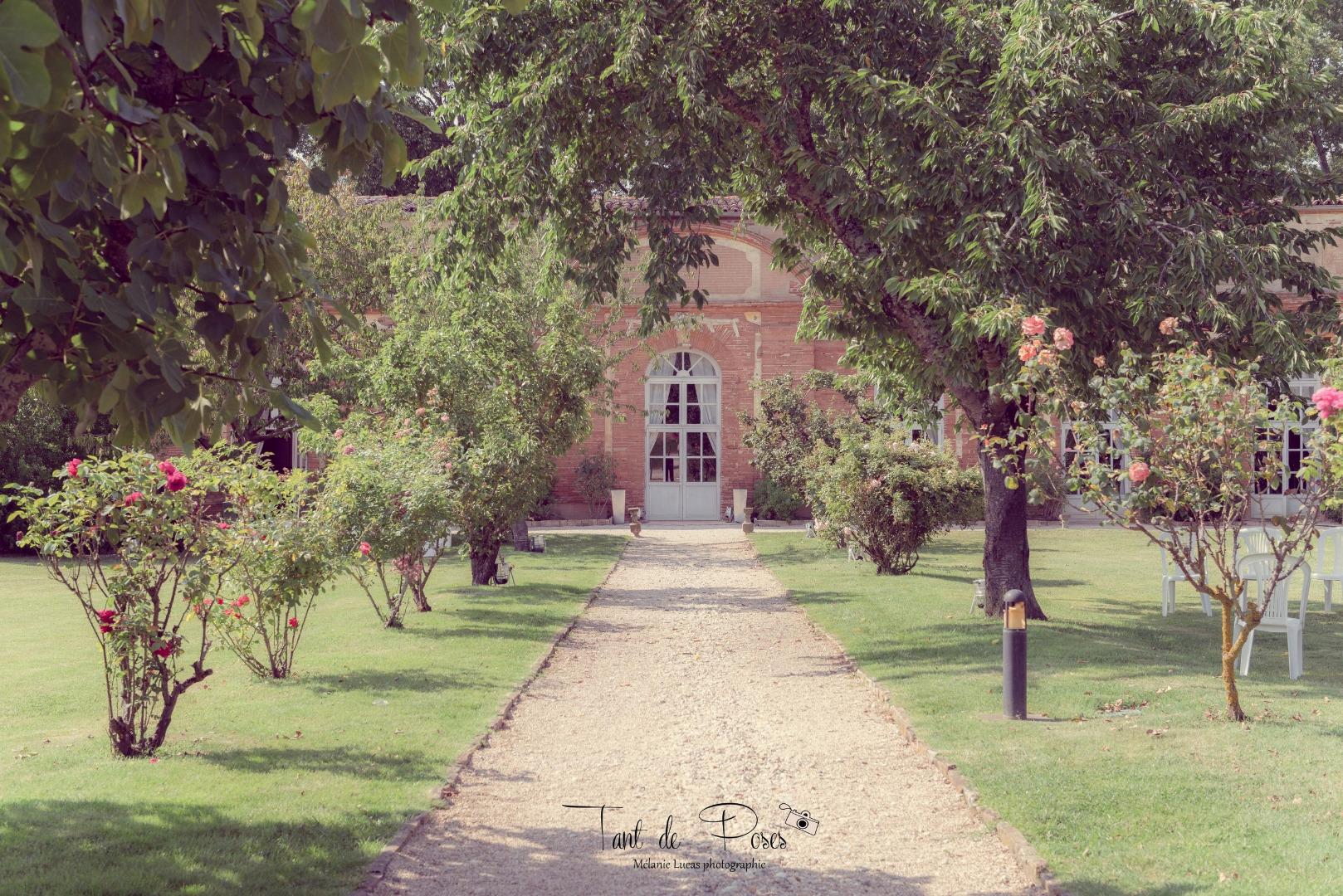 Allée Orangerie de Rochemontès à Seilh