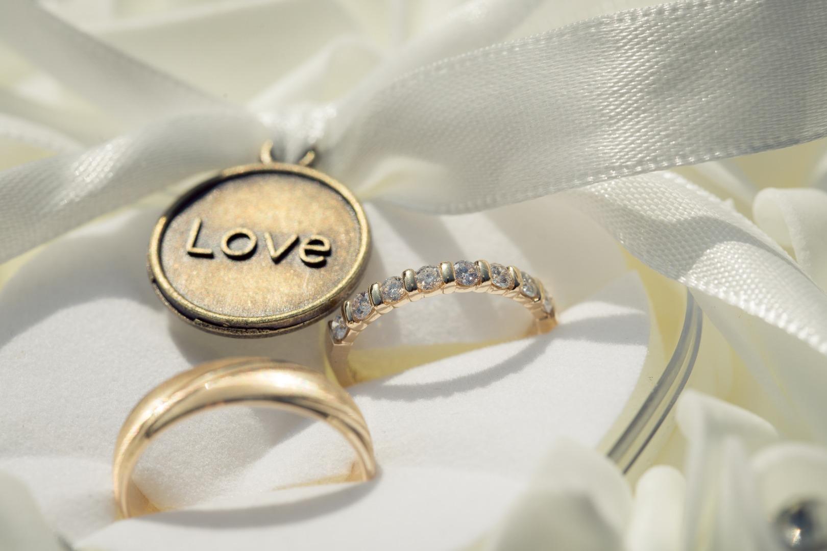 Alliance Love ruban La Dolce Vita Organisation de Mariages Toulouse.jpg