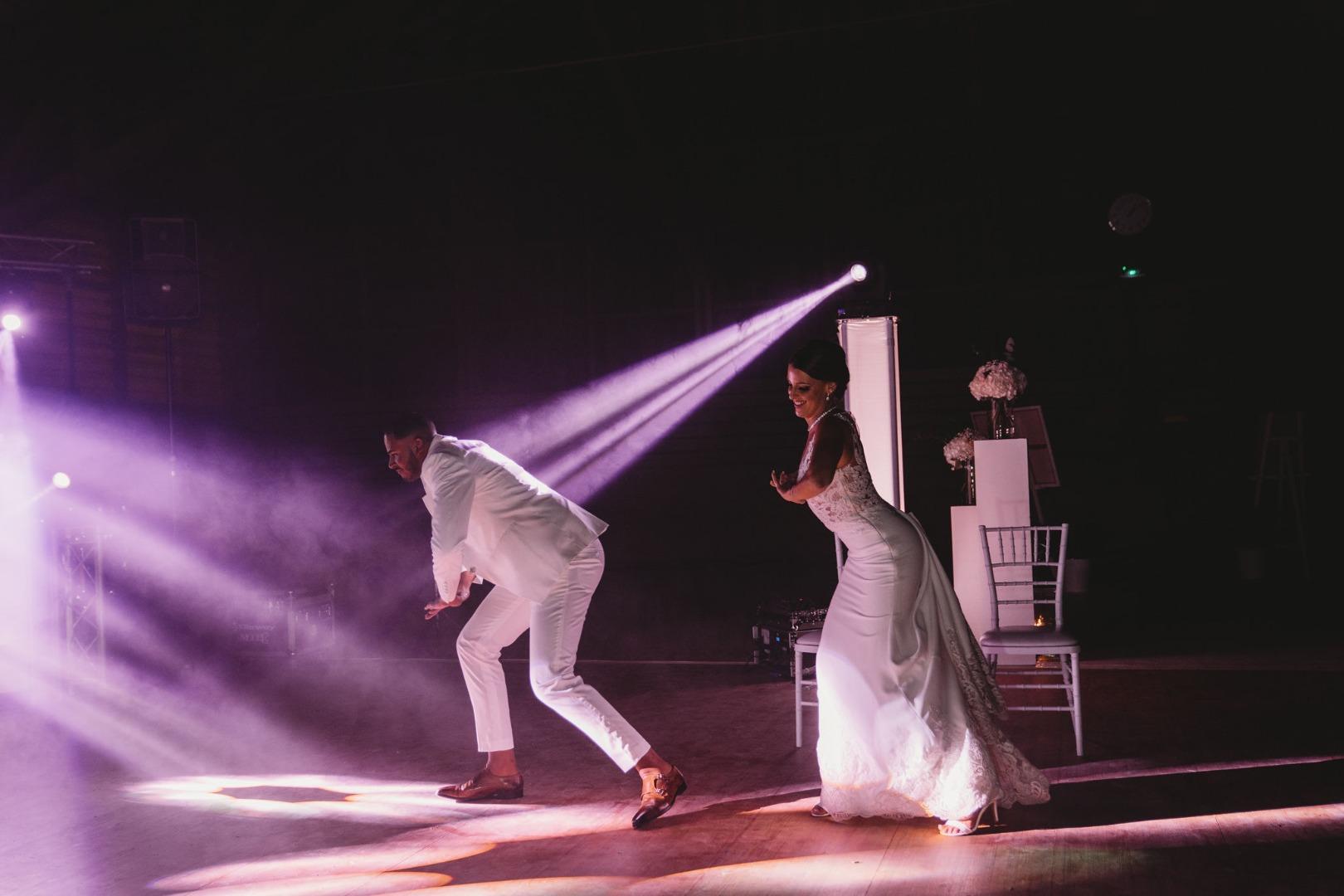 Chorégraphie de jeunes mariés La Dolce Vita Organisation de Mariages Toulouse.jpg