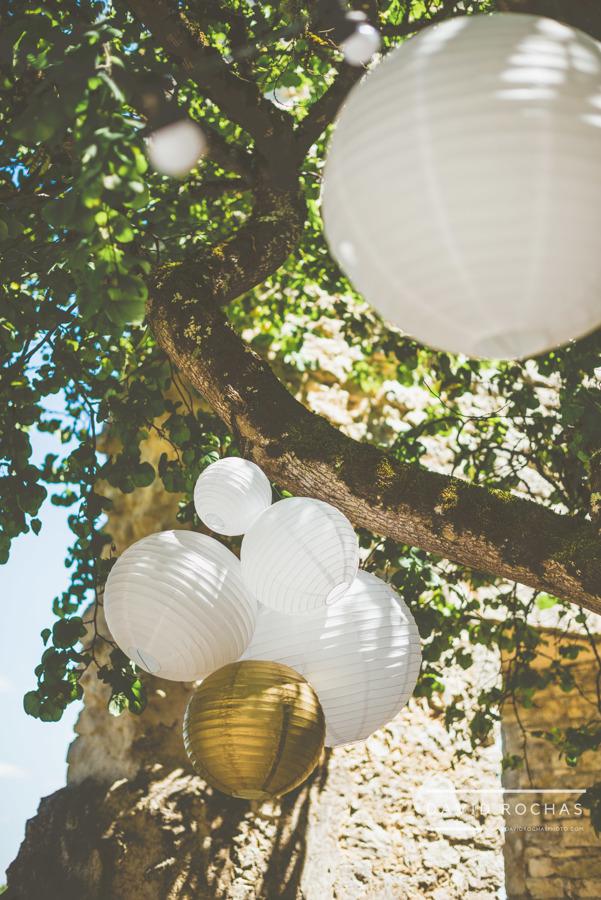 Décoration ballons blanc et or La Dolce Vita Organisatrice de mariages Toulouse.jpg