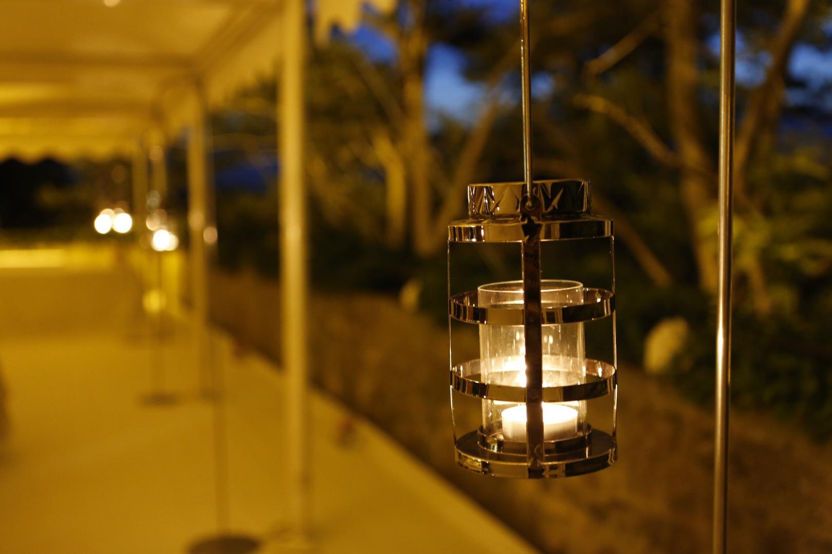 Décoration lanterne rustique mariage Occitanie La Dolce Vita.JPG