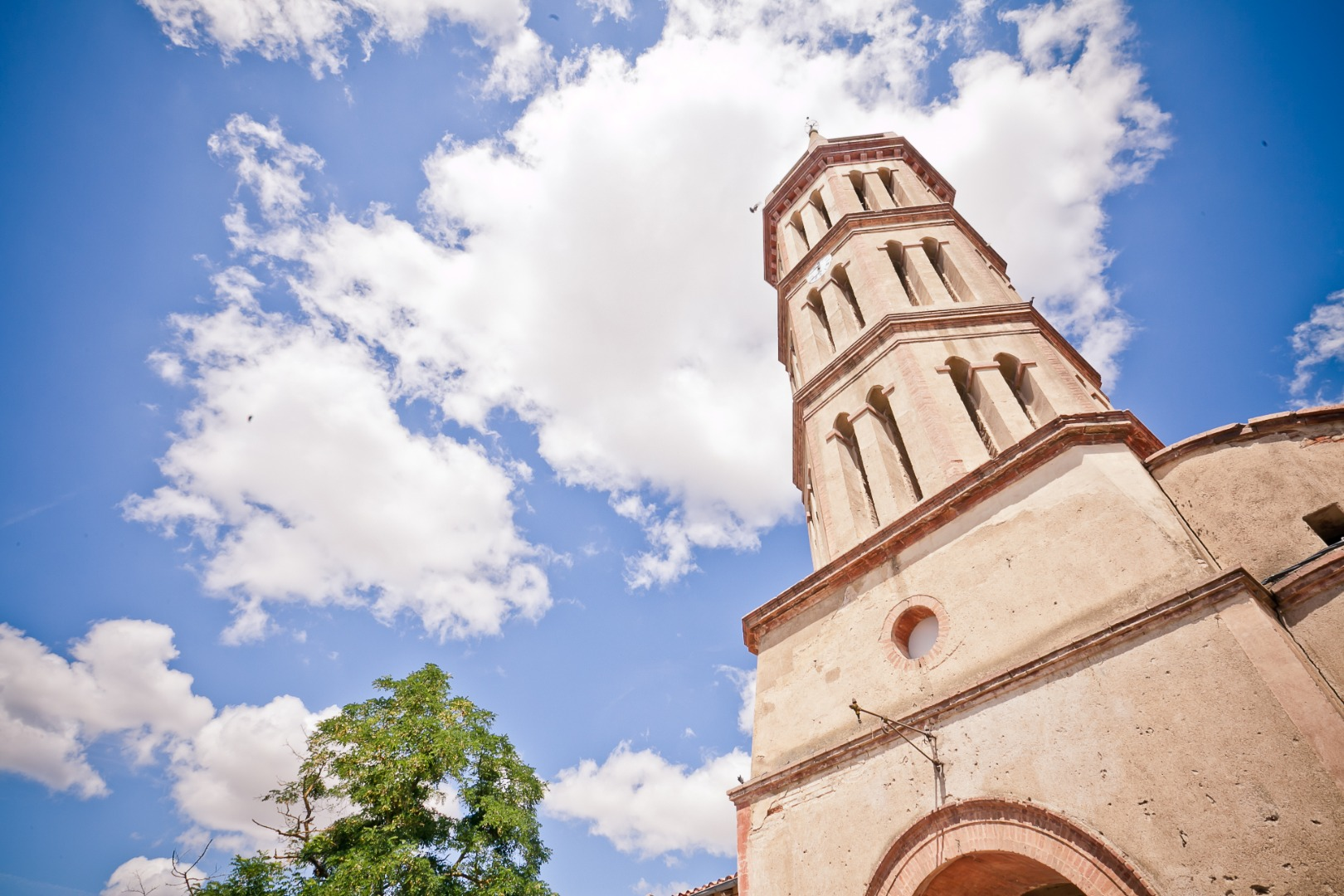 Eglise majestueuse La Dolce Vita Organisation de Mariages Toulouse.jpg