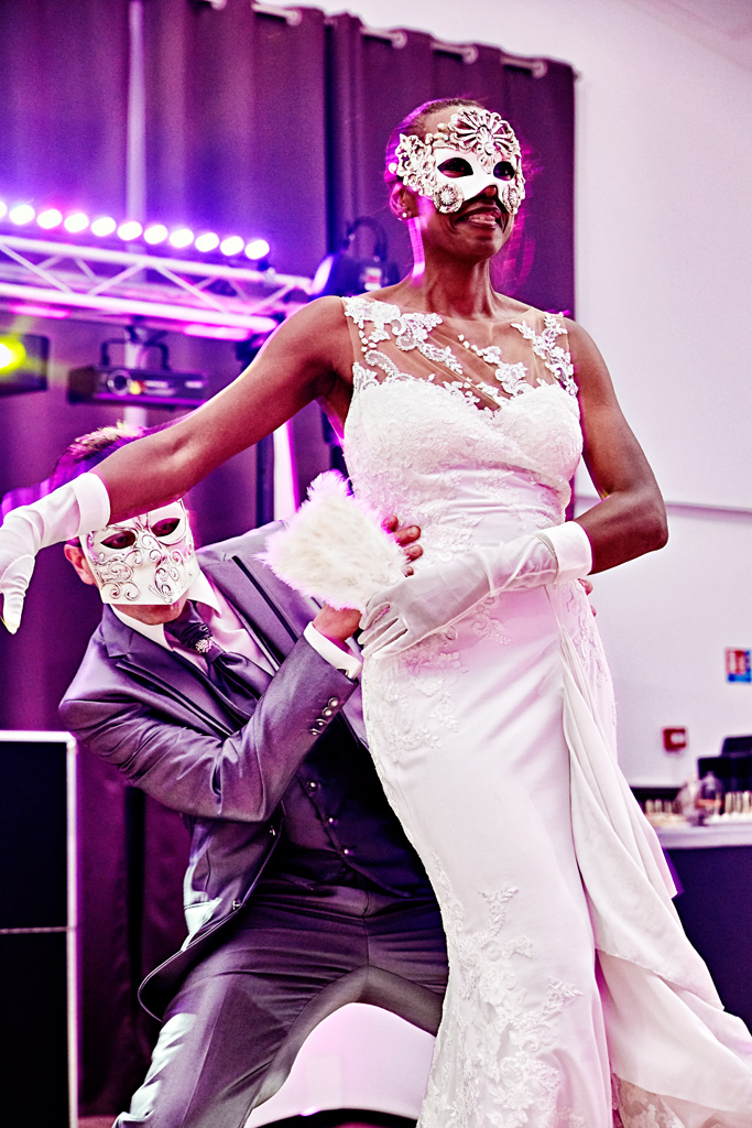 Ouverture de bal avec masque La Dolce Vita Organisation de Mariages Toulouse.jpg