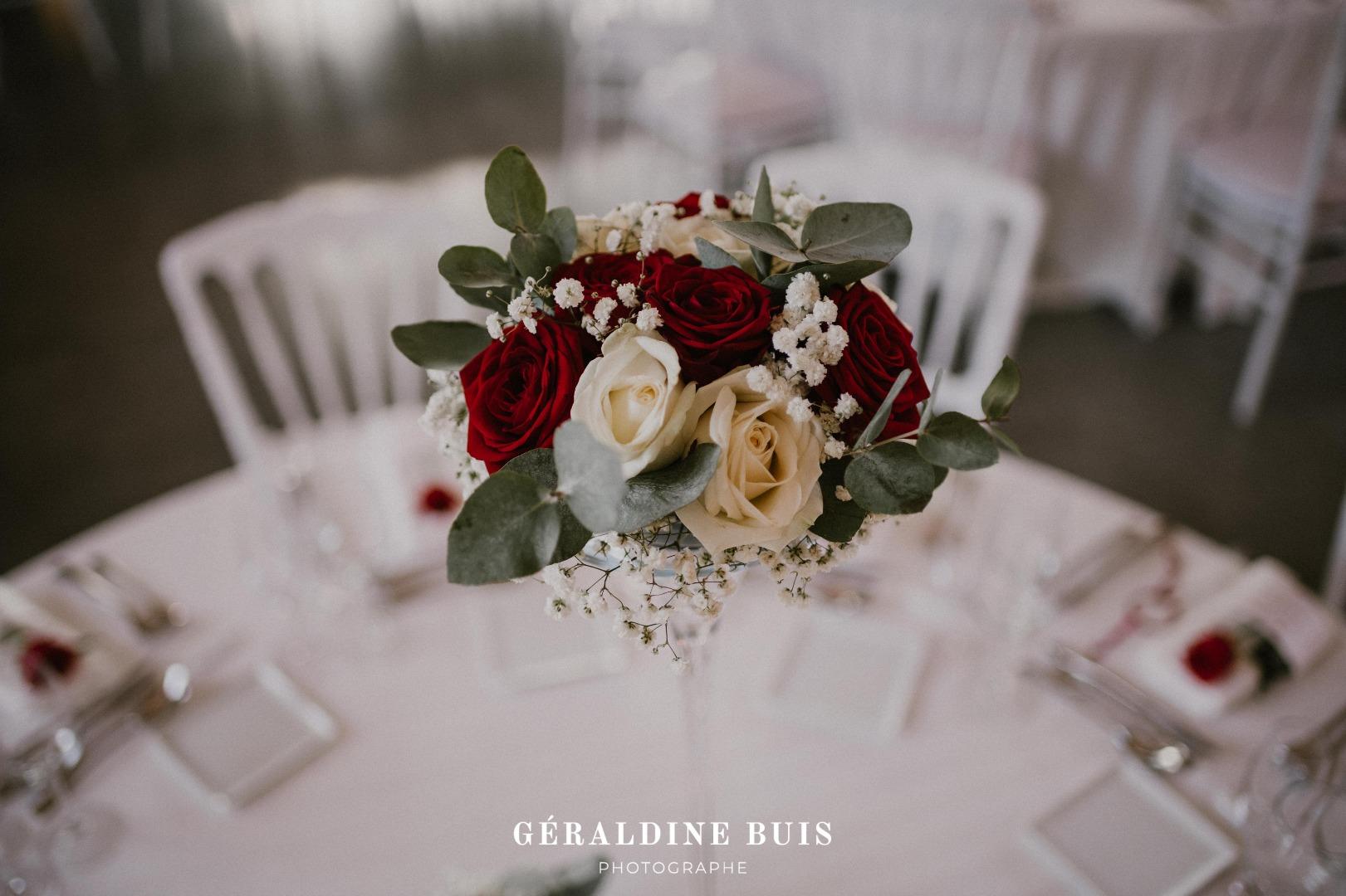 Romantique conte de flees bouquet de table La Dolce Vita Organisation Mariage Toulouse.jpg