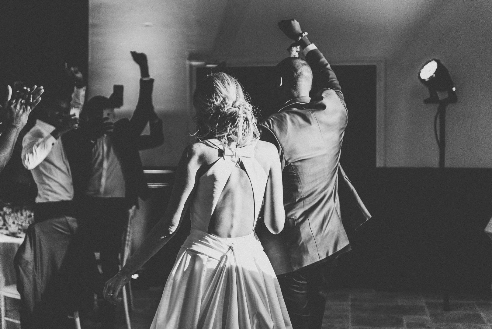 Soirée dansante avec dj et wedding planner La Dolce Vita au Chateau de Loubejac à Montauban