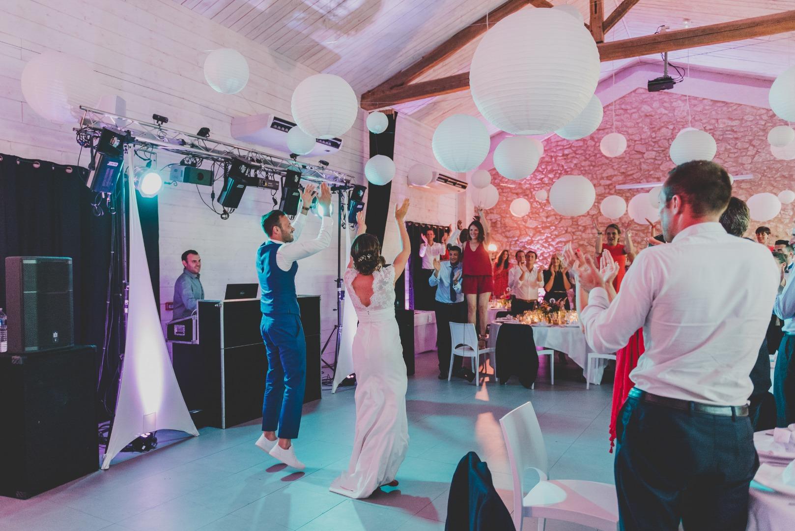 Soirée avec entrée de salle des mariés avec La Dolce Vita organisation de mariage à Auch