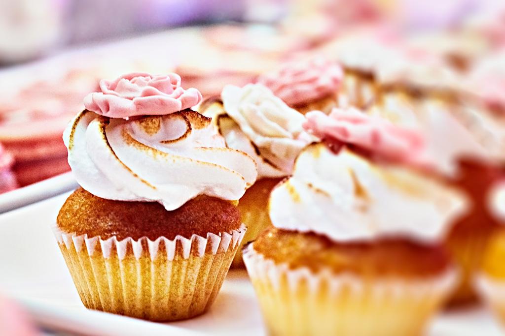 Wedding Cake mini cupcake